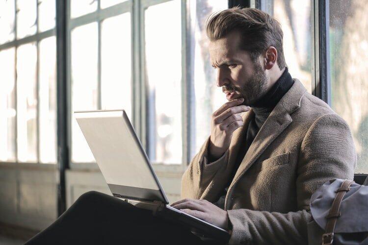 photo 1518644730709 0835105d9daa - Как получить работу после длительного перерыва?